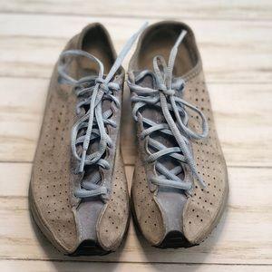 Nike Grey & Light Blue Sneakers - 8